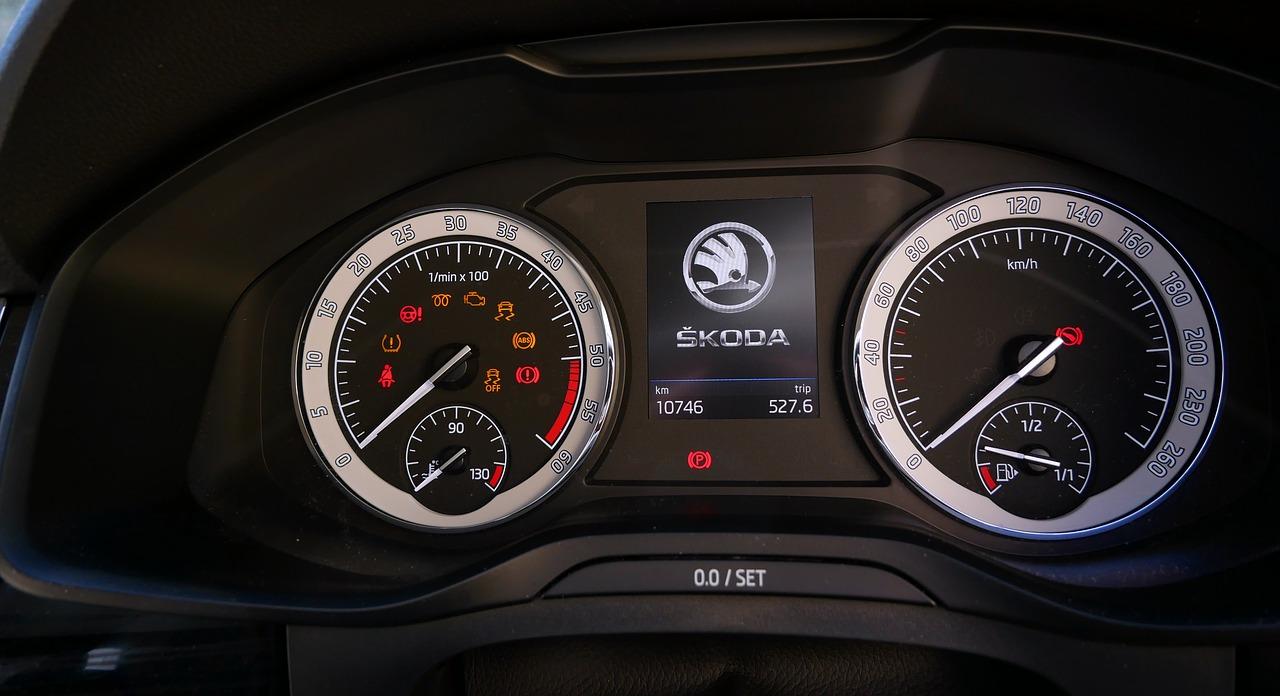 Jak przygotować samochód do przeglądu technicznego?